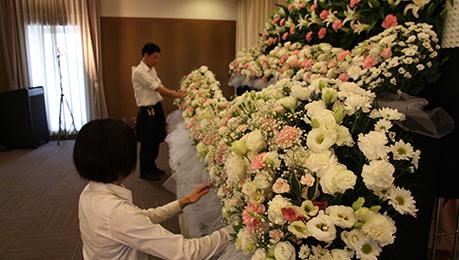 コムウェルの花祭壇の流れ02